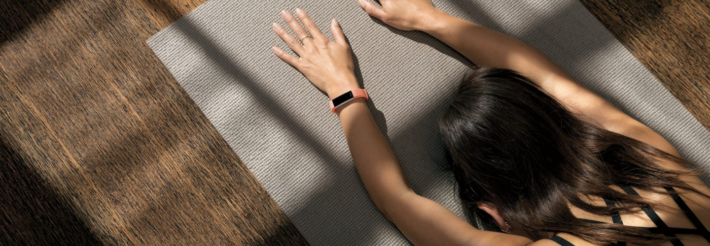Fitbit-Alta-HR_Lifestyle_ChildsPose